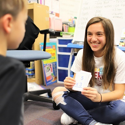 IHSAA leaders bond with elementary students
